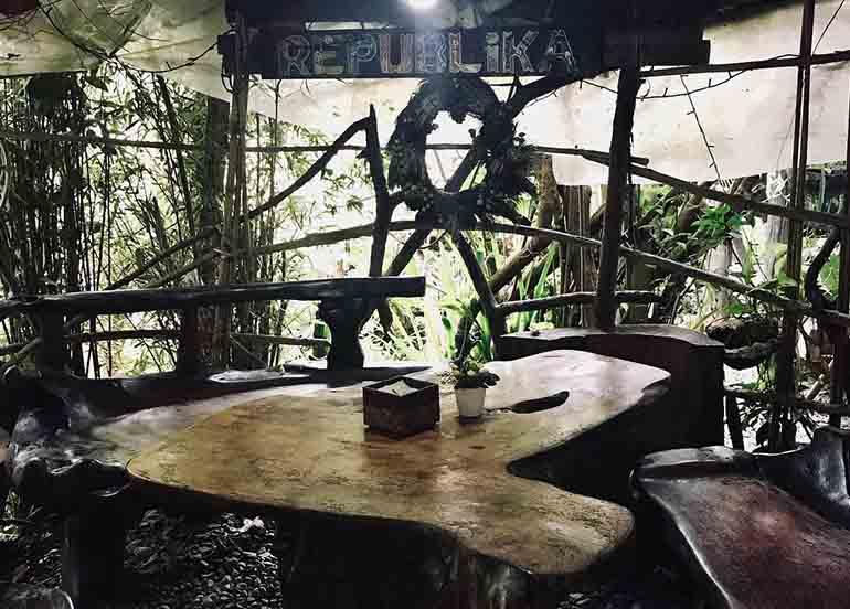 Dining area of Choco-Late De Batirol