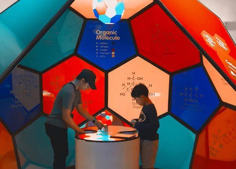 molecule-exhibit