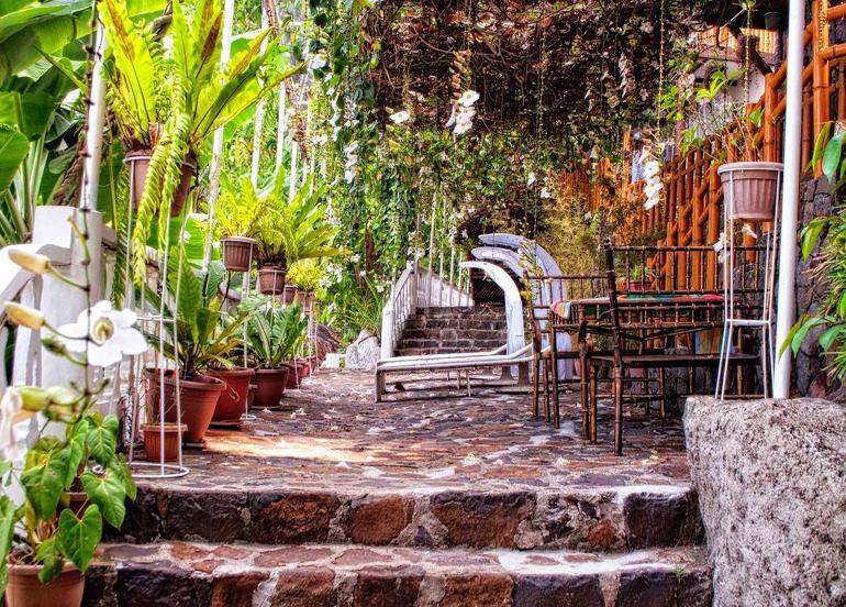 Luljetta Hanging Gardens and Resort