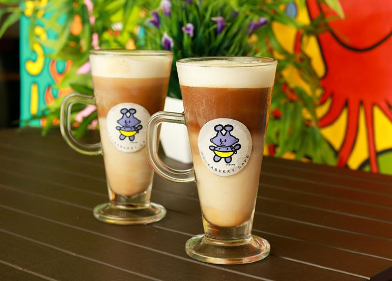 pookaberry-iced-latte