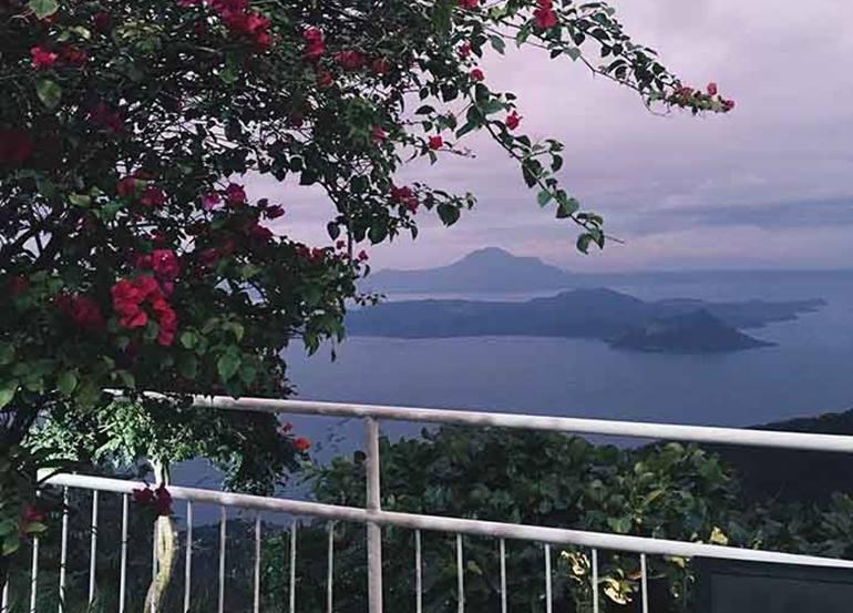 15 Romantic Restaurants with Stunning Sunset Views