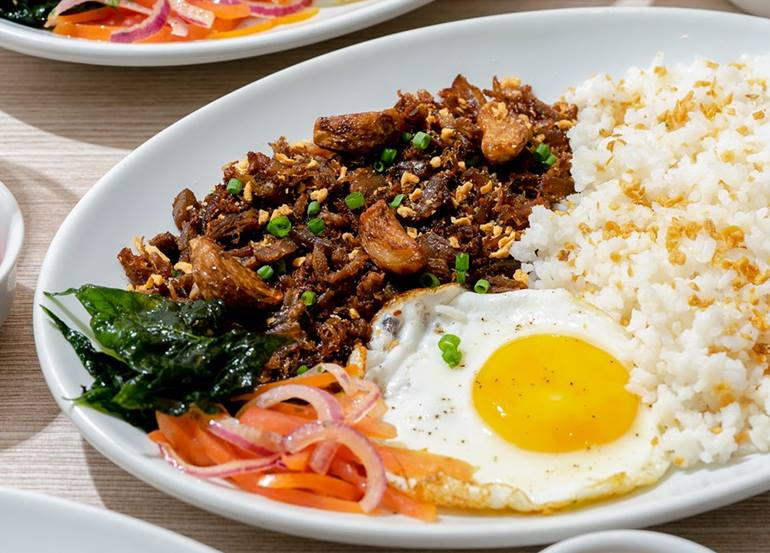 Top 10 Most Loved Filipino Restaurants in Metro Manila