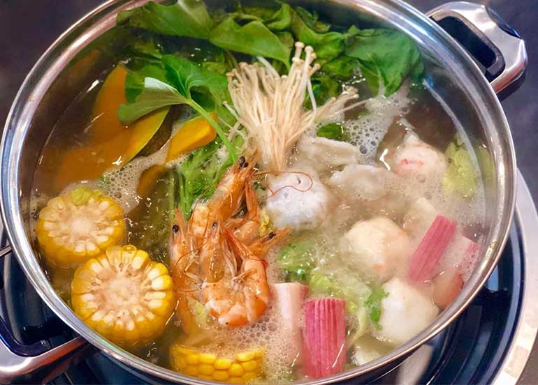 17 Hot Pot Restaurants to Warm Your Stomach, Soul, and Spirit