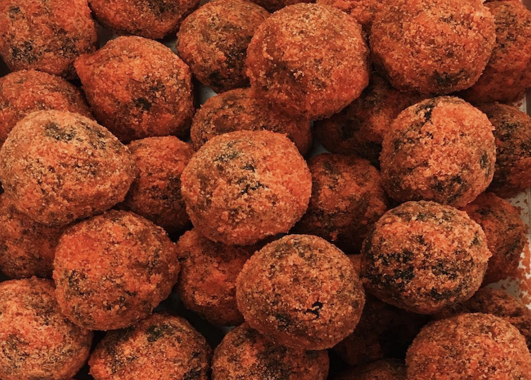 Make Your Own Choco Butternut Munchkins with This DIY Recipe