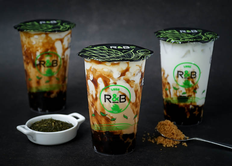 This Milk Tea Brand Specializes in a Cheese Brulee Topping